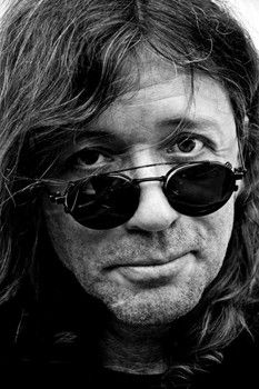 Iconic 'Glam rock' singer/songwriter and actor Brett Smiley passed away peacefully in his sleep in his Brooklyn, New York home on January 7th, 2016. He was sixty-two.