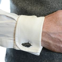 """""""Some tweed with your feather cufflinks, sir?"""" Scottish Designer Jewellery - I Love a Lassie Man Jewelry, Jewelry Design, Sport Shirt Design, Collar Pin, Designer Cufflinks, Pilot Gifts, Men's Cufflinks, Tie Accessories, Fitted Suit"""
