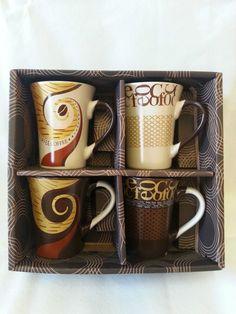 4 er Set Tassen / Kaffeebecher  Porzellan