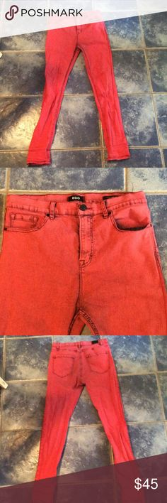 BDG rust red high-rise skinny jeans Rust red with black detailing, high-rise jeans, long leg length BDG Jeans Skinny