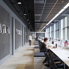"221 Likes, 3 Comments - officesnapshots.com (@officesnapshots) on Instagram: ""Workstations at Havas in Chicago 
