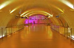 Lisbon metro station - photo by ivan capelo
