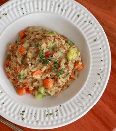 Receita gostosa e saudável de risoto integral de legumes.