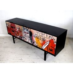 Upcycled Mid Century Sideboard TV Unit with Graffiti design Sideboard Furniture, Art Furniture, Furniture Makeover, Furniture Design, Diy Furniture Projects, Upcycled Furniture, Graffiti Furniture, Mid Century Sideboard, Creation Deco