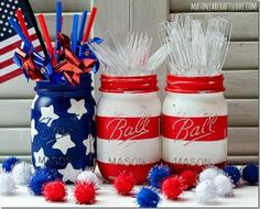 Stars & Stripes Mason Jars - Mason Jar Crafts Love