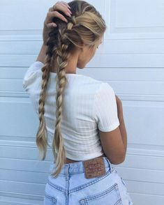 54 Cute and Easy Long Hairstyles for School for Fall and Winter - Hairstyle ? ♥ ♥♥ ♥♥ 54 Cute and Easy Long Hairstyles for School for Fall and Winter - Hairstyle ? Good Hair Day, Gorgeous Hair, Beautiful Braids, Beautiful Beautiful, Hair Dos, Braided Hairstyles, Holiday Hairstyles, Easy School Hairstyles, Prom Hairstyles