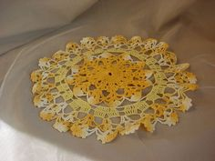 Vtg Antique Round 9 inch Shades of Yellow Cottage Sweet S2325 Seller florasgarden on ebay