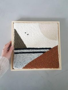 Framed punch needle art – wooden frame – abstract wall art – botanical colors – embroidery – sense – Rug making Project Abstract, Abstract Wall Art, Abstract Embroidery, Embroidery Art, Punch Needle Patterns, Weaving Projects, Rug Hooking, Decoration, Fiber Art