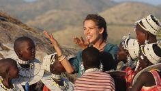 Mélissa Theuriau chez les Maasaïs - Rendez-vous en terre inconnue - Émissions - TV5 Couple Photos, Couples, France 2, People, Safari, Film, Salt And Light, Documentary, Tanzania
