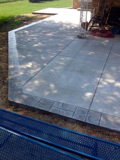 Patio with stamped slate border in South Bend Indiana by Hanson