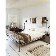 Design Your Own Bedroom Free. Design Your Own Bedroom Free. A soft and Cozy Bed by Jamialix the Image to Design Cama Industrial, Industrial Bedroom Design, Vintage Industrial, Industrial Style, Industrial Lighting, Industrial Bed Frame, Pipe Lighting, Vintage Modern, Pipe Bed