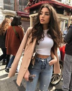 pea coat added to a casual outfit makes it seem more dressed up Winter Fashion Outfits, Fall Winter Outfits, Look Fashion, Autumn Winter Fashion, Summer Outfits, Instagram Outfits, Instagram Fashion, Cute Casual Outfits, Chic Outfits