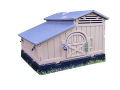 Snap Lock Standard Durable Plastic Chicken Coop By Formex 4 6 Hens
