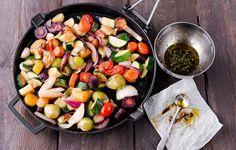 Hellapoliisin värikkäät grillikasvikset Kung Pao Chicken, Cobb Salad, Sprouts, Cantaloupe, Dairy Free, Favorite Recipes, Fruit, Lifestyle, Vegetables