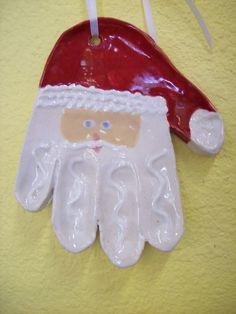 Cute santa craft - handprint ornament @Nicole Novembrino fleming nightingale  this is too cute, idea for jaxon