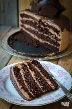 čokoládový dort s čokoládovým krémem Cheesecakes, Food Hacks, Tiramisu, Sweet Recipes, Bakery, Food And Drink, Cooking Recipes, Cookies, Chocolate