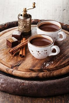 How about a cup of classic hot chocolate? 15 cozy cocoa recipes How about a cup of classic hot chocolate? Cocoa Recipes, Hot Chocolate Recipes, Coffee Recipes, Drink Recipes, I Love Coffee, Coffee Break, Morning Coffee, Coffee Cafe, Breakfast