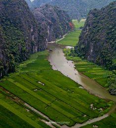 Travel and Landscape Photography Landscape Photography, Vietnam, Golf Courses, Dragon, Mountain, Travel, Viajes, Destinations, Traveling