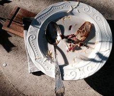Ajo blanco (Andaluzyjski chłodnik czosnkowo-migdałowy)