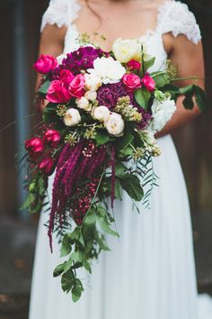 Wedding Flowers I love amaranthus, it looks so beautiful in a cascading bouquet - This year saw the rise of the unstructured bouquet, with local, seasonal blooms the order of the day. These are our top wedding bouquets of Magenta Wedding, Floral Wedding, Wedding Colors, Berry Wedding, Spring Wedding, Bridal Flowers, Flower Bouquet Wedding, Cascading Flowers, Flower Bouquets