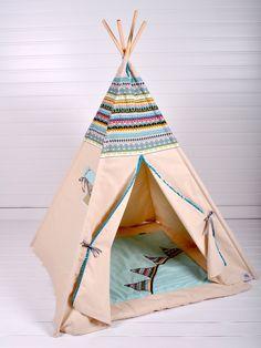 Perfekt zum Verstecken: Tipi im Indianerstil / tepee native american, playground, nursery by COZYDOTS via DaWanda.com