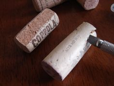 how to cut the wine corks
