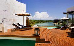 LUA DE MEL EM RIVIERA MAYA: Em meio a uma paisagem de tirar o fôlego, ladeada pelo mar caribenho, a Riviera Maya é um daqueles destinos que prometem uma lua de mel recheada de muito romance, dias ensolarados e tranquilidade para…