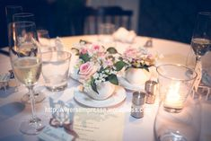 mesa posta com arranjos de flores em xicaras - Pesquisa Google