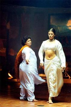 "Aishwarya being choreographed by Bollywood Queen choreographer - Saroj Khan in the movie ""Taal"" {1999}"