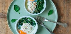 Oven-baked eggs with spinach&salmon. Oven-Baked Eggs (or 'oeufs en cocotte') with Spinach and Smoked Salmon. Too easy and too good! Smoked Salmon Recipes, Easy Salmon Recipes, Seafood Recipes, Spinach Egg, Spinach Recipes, Egg Recipes, Kitchen Recipes, Mini Cocotte Recipe, Oven Baked Eggs