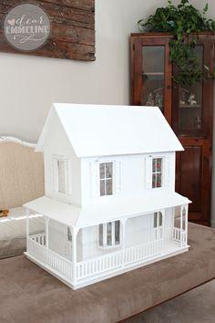 white-Laurel-wood-dollhouse.png