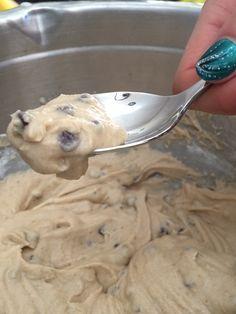 Gluten Free Edible Cookie Dough http://www.fearlessdining.com #cookiedough #glutenfree