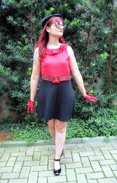 ab68e877a Bruna Pepper · Vestido em malha de corações no busto Vermelha e preta E  viscolycra preta lisa na saia