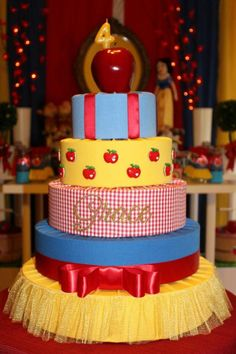 Snow White Cake ~ 5-tiered fabric and ribbon cake {inspiration}... plus more cute Snow White party ideas