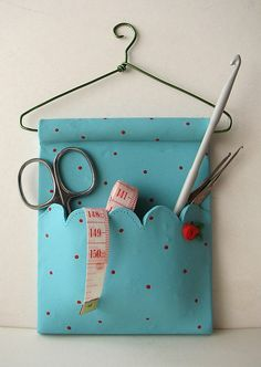 Costureros de arcilla polimérica by fperezajates, via Flickr