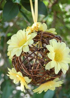 Yellow Daisy Pomander Grapevine Kissing Ball by ornamentgirl