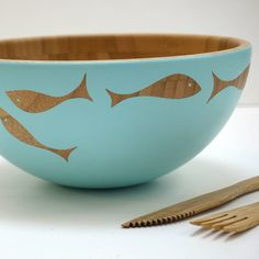 Are you interested in our Wooden Salad Bowl? With our hand painted Serving Bowl you need look no further.