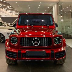 Mercedes Suv, Mercedes Benz Classe G, Mercedes Benz G Class, Luxury Sports Cars, Top Luxury Cars, Luxury Suv, Benz Suv, Mercedez Benz, Lux Cars
