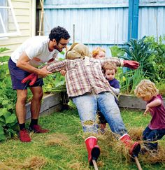 In the Garden with The Little Veggie Patch Co. – How to make a Scarecrow | The Design Files