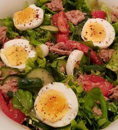 Caprese Salad, Cobb Salad, Sushi, Salads, Insalata Caprese, Sushi Rolls