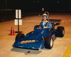 https://flic.kr/p/hH8vLm   John Bankson - Race carts - Dallas Texas - 1987   when I was in training at Standard Motor Products in Grapevine, Texas... we made a trip to the go-cart track...