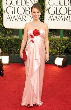 Natalie Portman in Viktor and Rolf, Golden Globes 2011 - The Best Golden Globes Red Carpet Looks of All Time - Photos