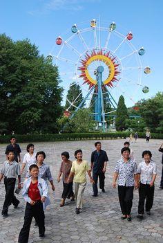 Gezellig dagje uit naar Disneyland Noord Korea!