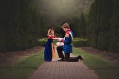 """""""Prince Charming"""" Big Brother Surprises His Sister With a Princess Photo Shoot The wanted to thank her for being the """"kryptonite to his depression."""