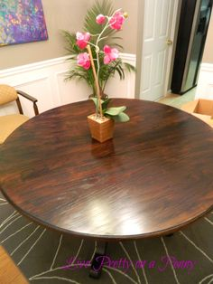 Live Pretty on a Penny: Refinishing An Oak Table {A Dining Room Update}  -- wood grain