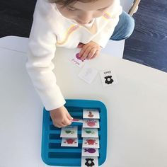 This was the first matching game that she was actually interested in doing, probably because she's obsessed with sea life, it was just a few images to match and the ikea ice tray made it fun to sort 🐠