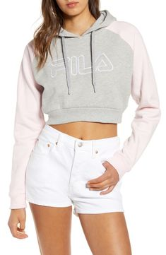 Looking for FILA Valeria Crop Hoodie ? Check out our picks for the FILA Valeria Crop Hoodie from the popular stores - all in one. Cropped Tops, Cropped Hoodie Outfit, Hoodie Dress, Fila Outfit, Jugend Mode Outfits, Cute Comfy Outfits, Crop Top Outfits, Teen Fashion Outfits, Womens Fashion