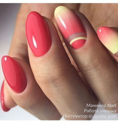 Gorgeous Metallic Nail Art Designs That Will Shimmer and Shine You Up - style designs - Gradients and patterns on your nails look great in almost all colors – however, these yellow and - Love Nails, How To Do Nails, Pretty Nails, Fun Nails, Nails Opi, Gradient Nails, Gel Acrylic Nails, Metallic Nails, Nagellack Trends