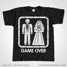 Magliette Addio al Celibato Game Over Sposi T-Shirt Matrimonio divertenti per lo Sposo, Personalizza adesso! ->  http://www.gigiostore.it/prodotto/maglietta-addio-al-celibato-game-over-sposi/