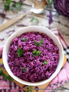 Tasty Dumpling: Salad from red cabbage a& coleslaw - Tasty Pyza checked recipes: Salad of red cabbage a& coleslaw - Red Cabbage Salad, Feta Salat, Salad Dishes, Raw Vegetables, Polish Recipes, Polish Food, Xmas Food, Coleslaw, Summer Salads